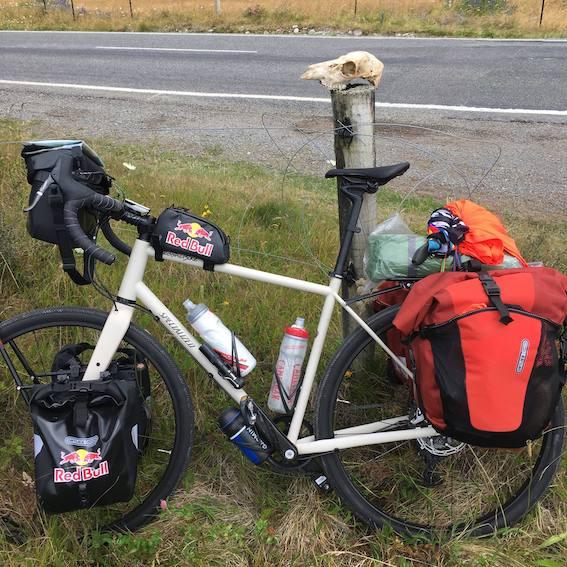 Jovanotti Vado A Farmi Un Giro In Bici In Nuova Zelanda Ecco Il